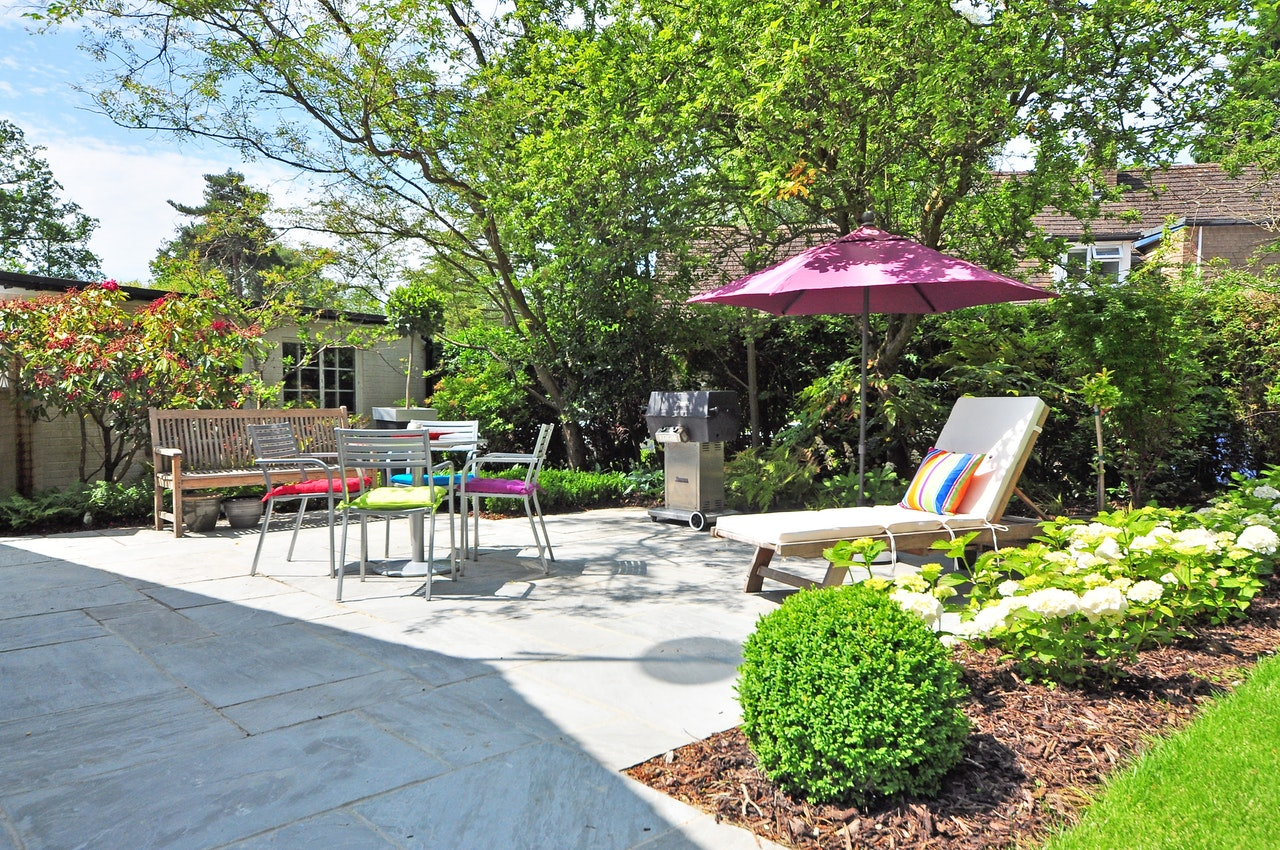5 Tips for Improving Your Home's Outdoor Space